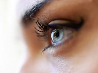 Occhio-copertina